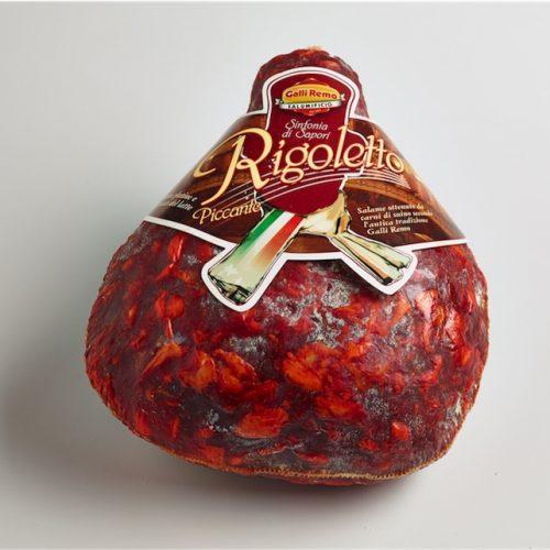 Nuovo Rigoletto piccante salame di suino ottenuto da carni scelte e preparato secondo una ricetta tipica
